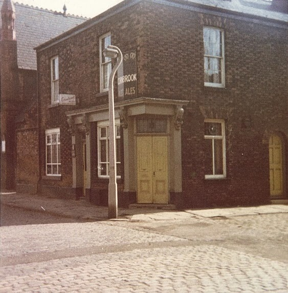 pubs of manchester  01  11  13  12  13