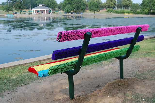 yarn bombing bench -#main