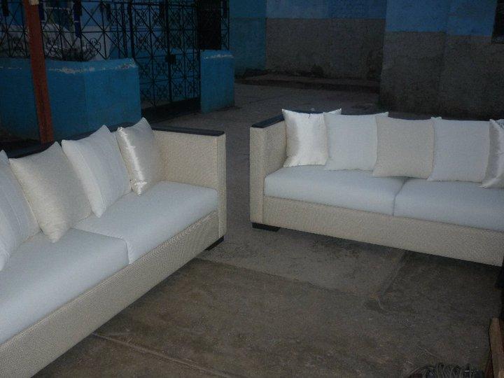 Tapizado de muebles de sala y comedor muebles blancos for Muebles de comedor blancos