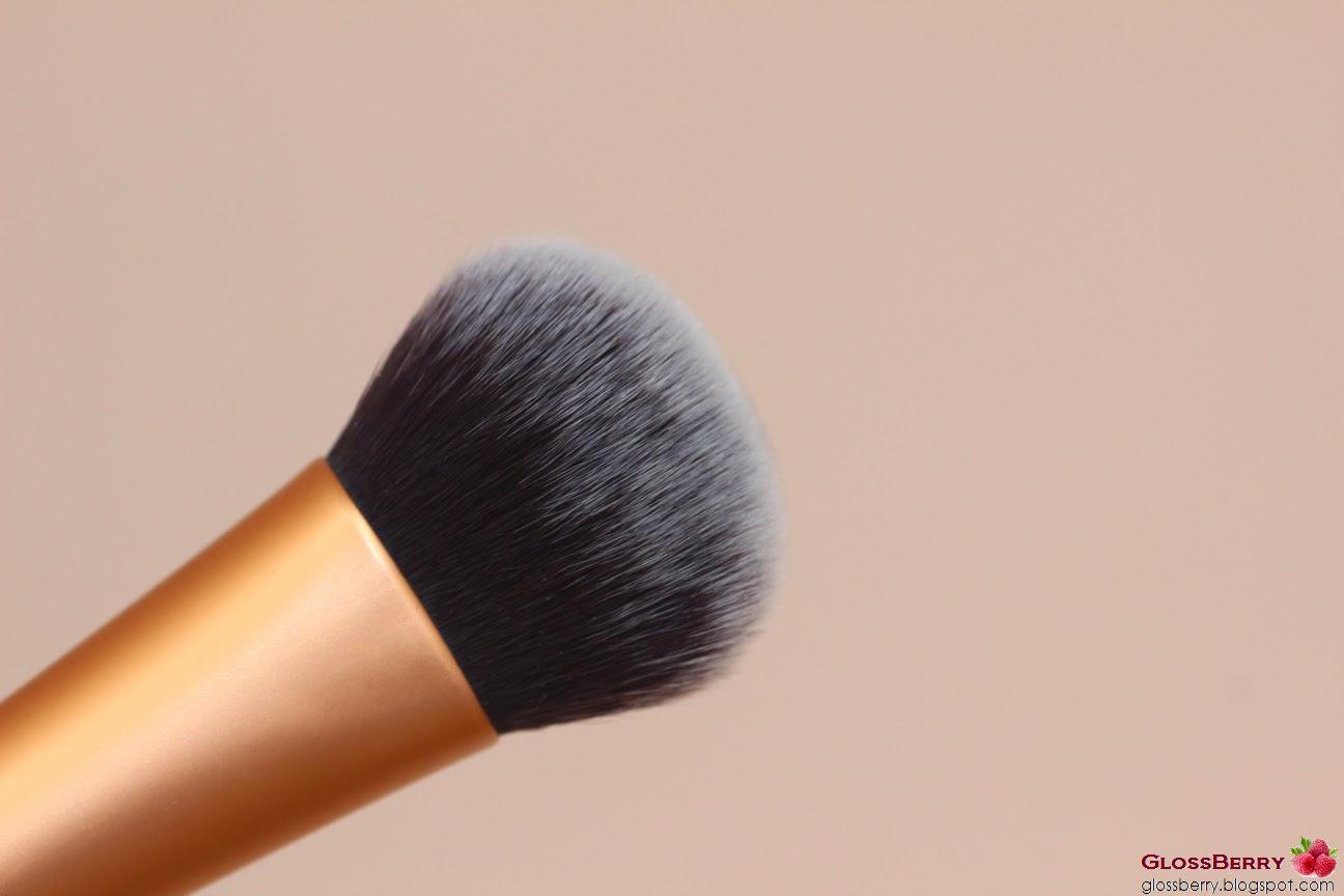 מברשת פנים מייקאפ ריל טכניקס real techniques makeup foundation expert אקספרט blush