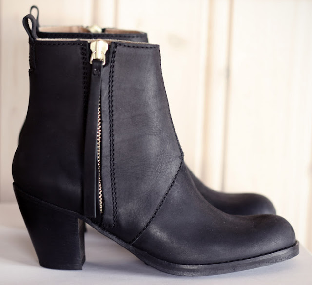my favourite acne pistol boots ourfavourites. Black Bedroom Furniture Sets. Home Design Ideas