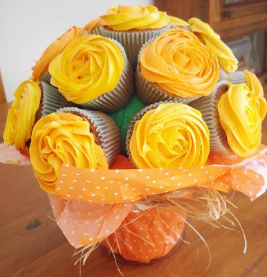 Como fazer um buquê de cupcake