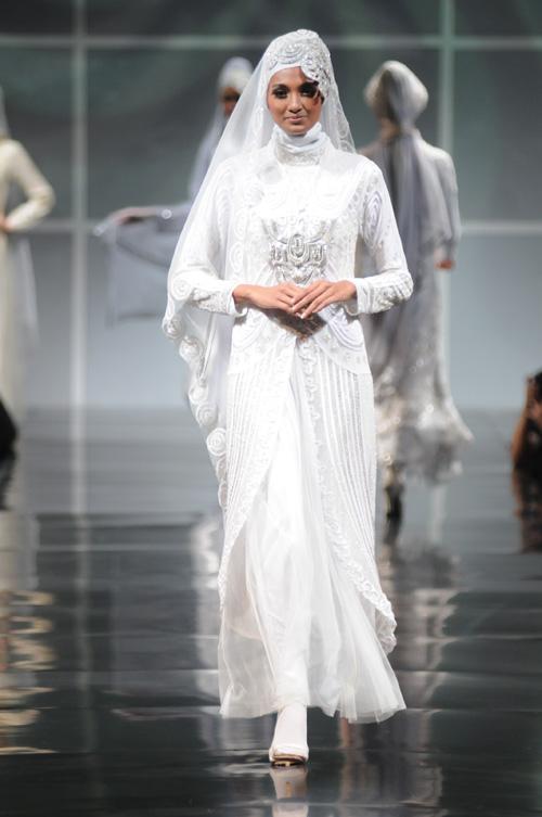 All About Me Modern Islamic Wedding Dress