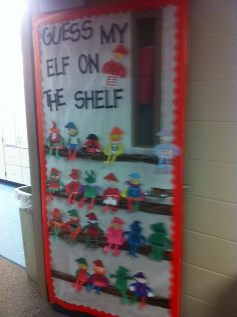 Run teacher run elf on the shelf door decorating idea for Elf door decoration