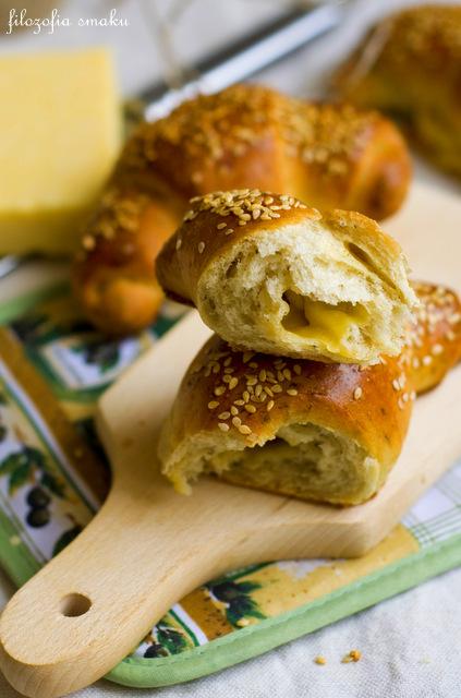 Bułki z serem przepis