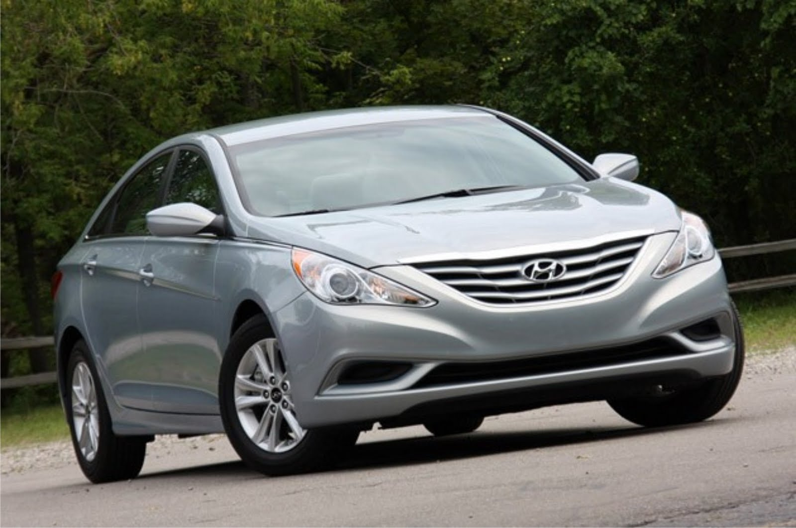 hyundai sonata 2011 news review car sale report review. Black Bedroom Furniture Sets. Home Design Ideas