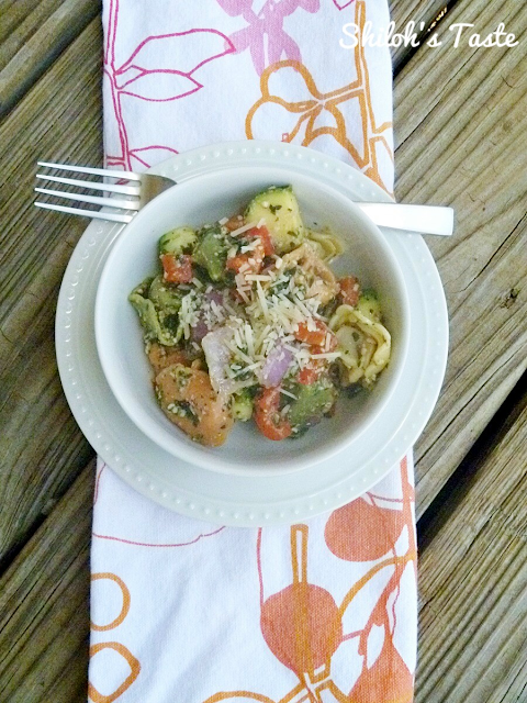 Tri-color Tortellini Pesto Salad with Grilled Veggies | www.shilohstaste.com