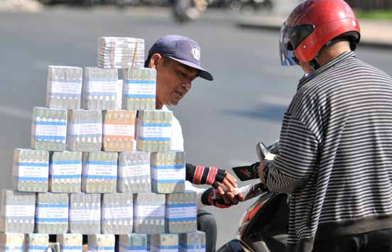 Tips Menghindari Penukaran Uang Receh Pinggir Jalan