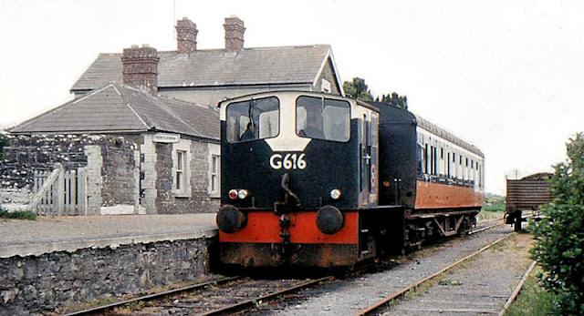 Gambar Kereta Api Lokomotif Diesel 16