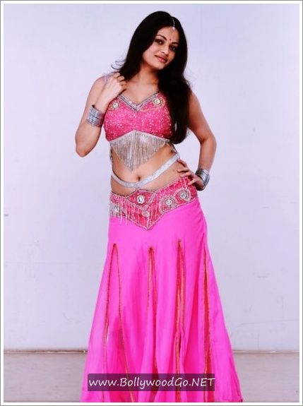 Sneha+Ullal+SexyHot+Stills+From+Action+3D