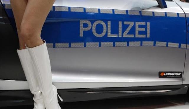 Gambar Mobil Polisi Essen Motor Show 2