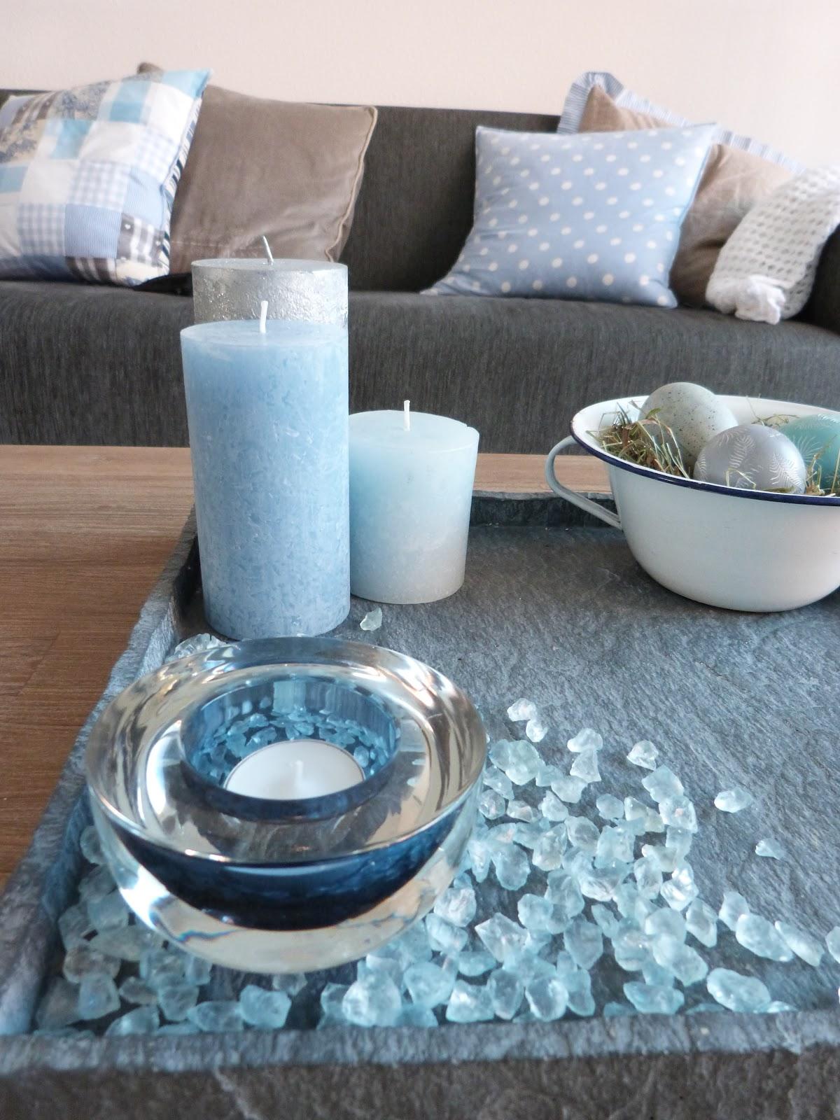 gebruikt de glazen steentjes hebben ook dezelfde blauwe kleur als ...