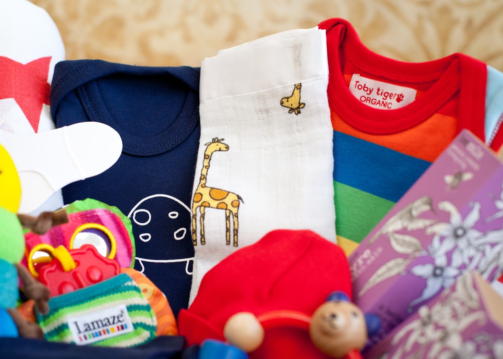 Luxury Baby Gift Box : The baby box company new luxury gift boxes now