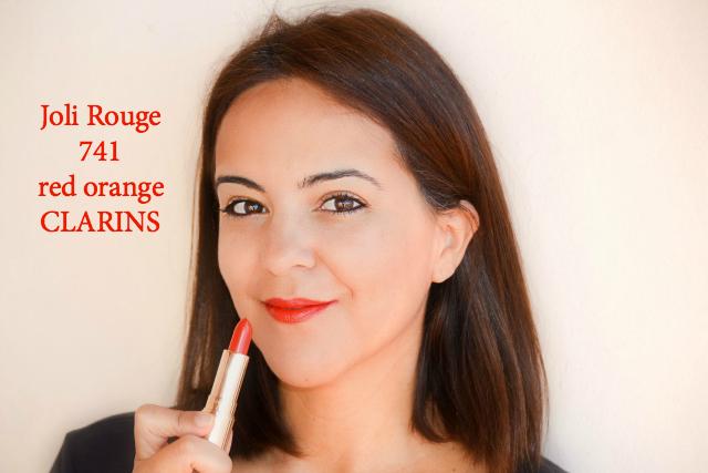 CLARINS_reinterpreta_su clásico_Joli Rouge_red_orange_lipstick_obeblog_01