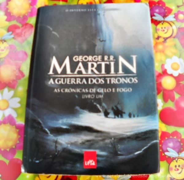 A Guerra dos Tronos, George R. R. Martin, As cronicas de gelo e fogo, livro, capa, sinopse