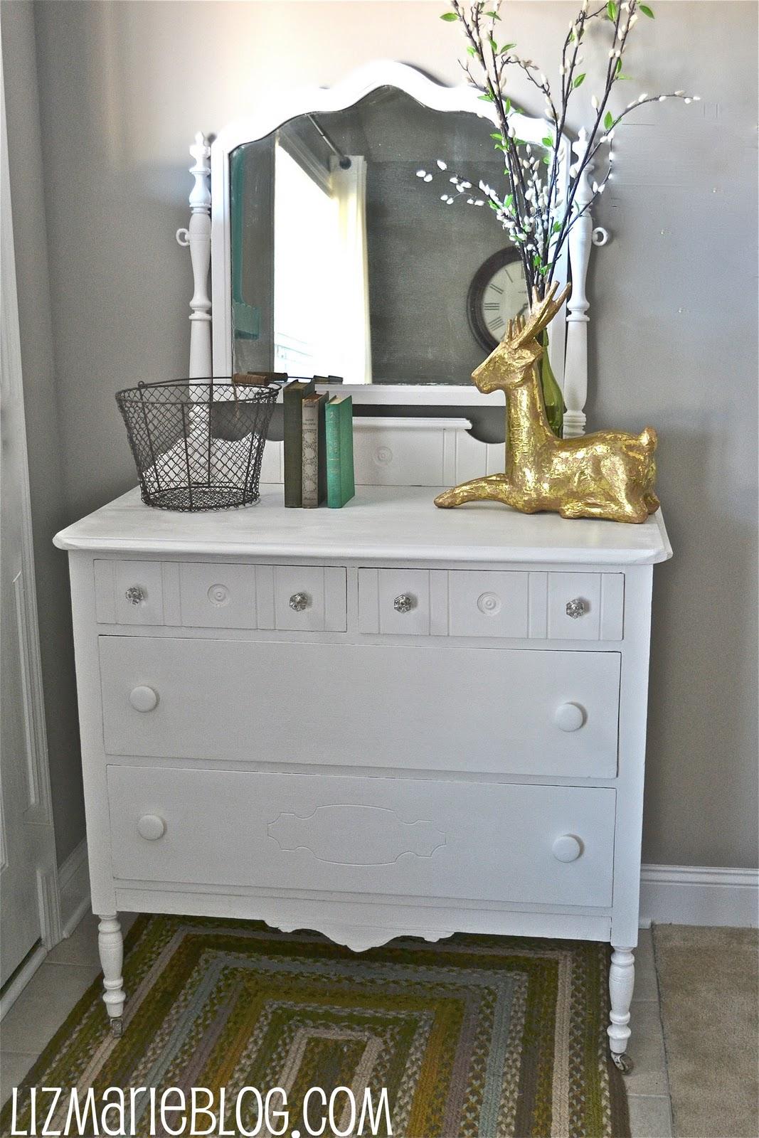 homemade chalk paint liz marie blog. Black Bedroom Furniture Sets. Home Design Ideas