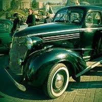Выставка ретро-авто на Майдане