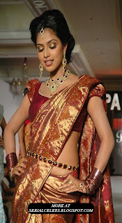 Amala Paul in low hip silk saree