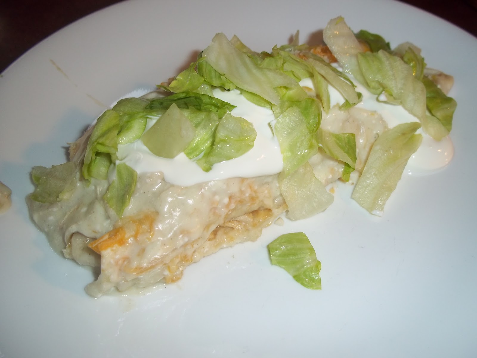 ... Daily Smash: White Chicken Enchiladas with Creamy Green Chili Sauce