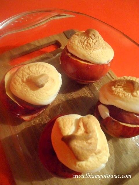 Pieczone jabłka z bezą