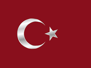 Bayrakları bayrak yapan üstündeki kandır; Toprak, eğer uğrunda ölen varsa vatandır!