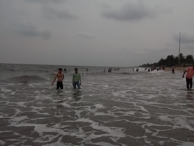 cherai beach,kerala
