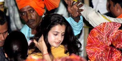 Ameesha patel at Salman Khan's Ganpati visarjan stills