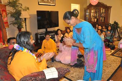 Dallas satsang with Swami Haridas, Nepali disciple of Kripaluji Maharaj