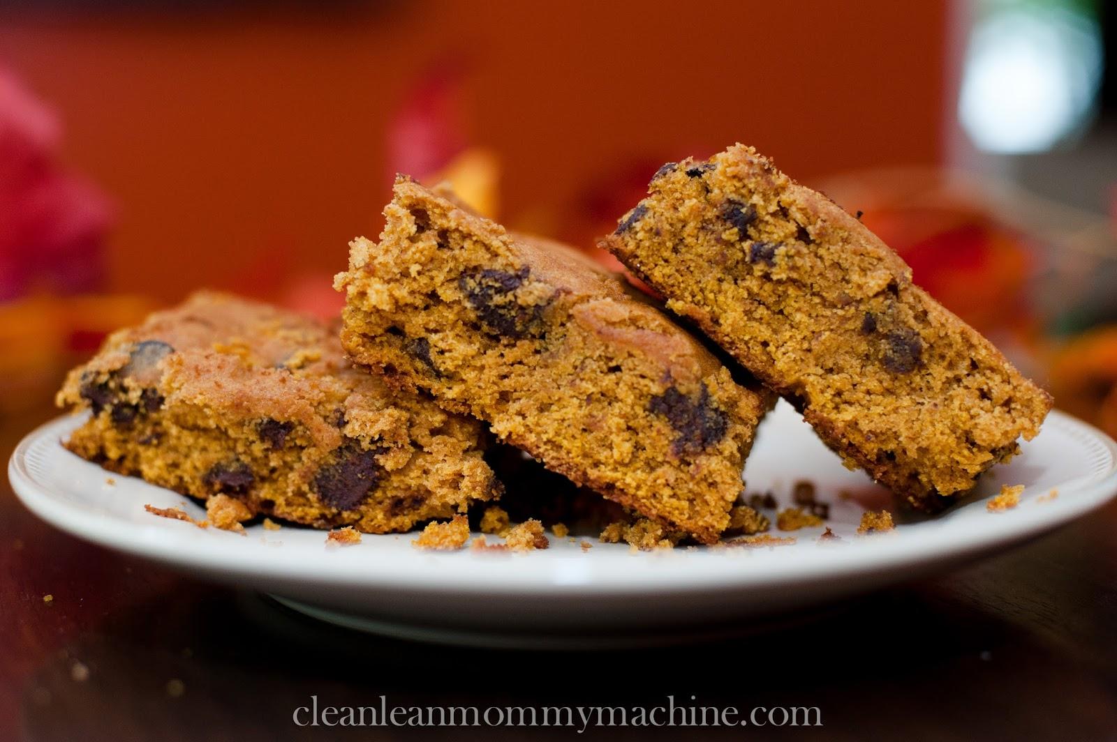 Clean Lean Mommy Machine: Healthilicious Pumpkin Chocolate Chip Bars