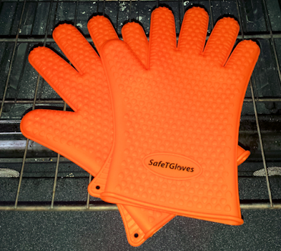 A pair of SafeTGloves