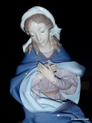 Lladro Virgin Mary 01387