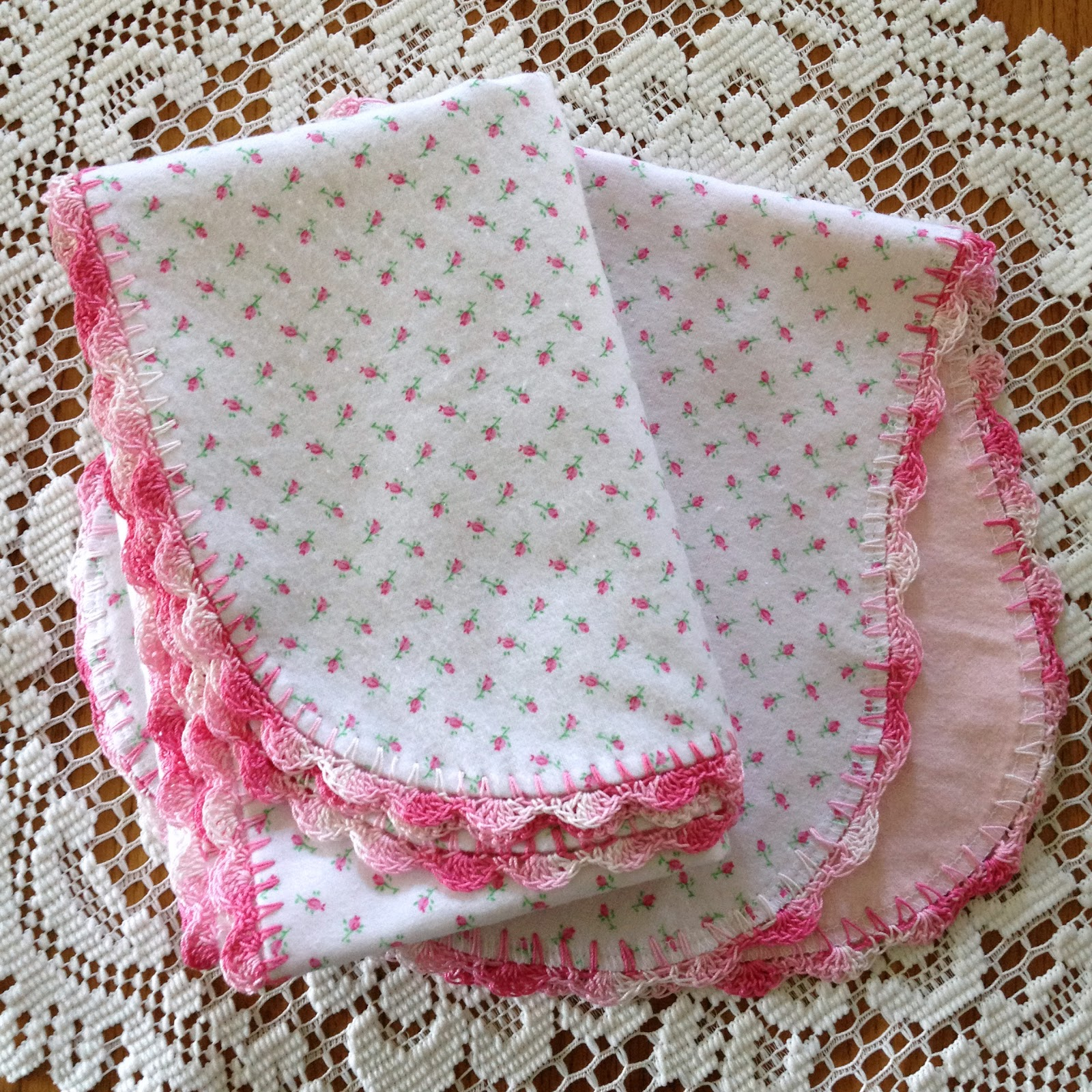 Crocheting Edges On Baby Blankets : The pea green baby set is also finished! I just love the little ...