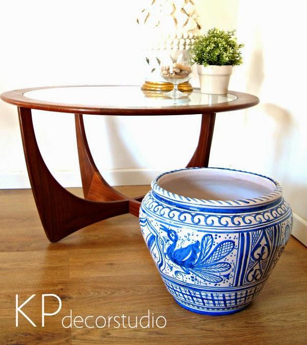 Comprar maceta, macetero o tiesto de cerámica artesanal vintage antigua.