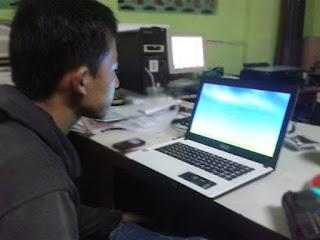 instal laptop asus x452e