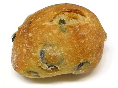 プチ・パン・アンシェン・2オリーブ(Petit pain ancien 2 olives) | PAUL(ポール)