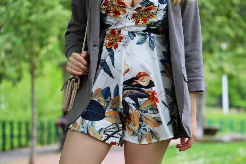 mono_flores_sheinside-outfit_primavera-blogger_bilbao