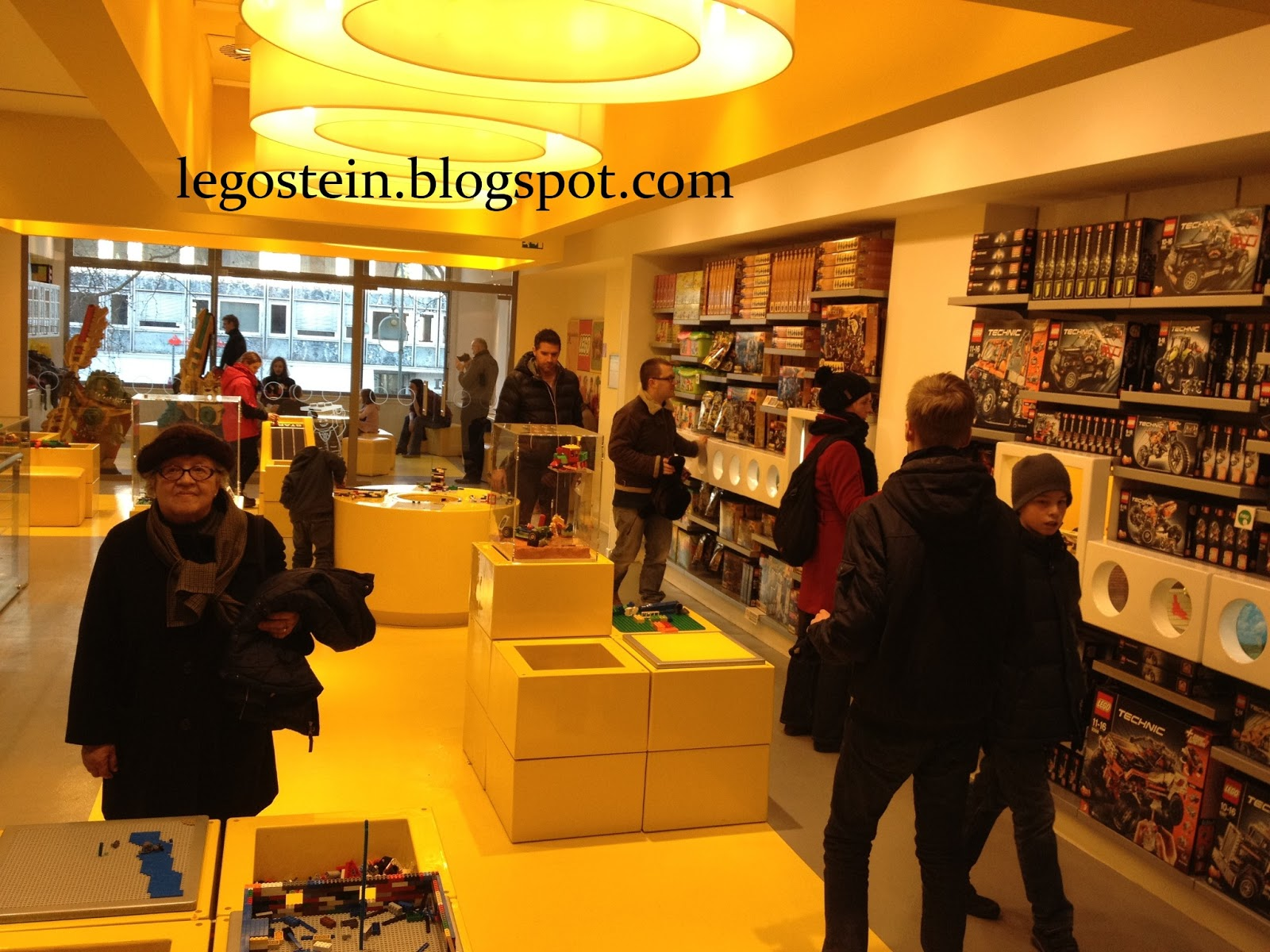 blog ber lego lego store berlin. Black Bedroom Furniture Sets. Home Design Ideas