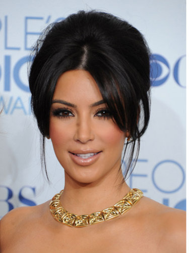 Kim kardashian layered hairstyles kim kardashian wedding hairstyle