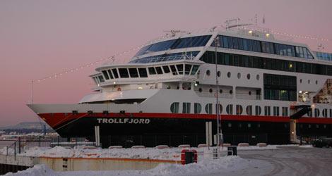 Hurtigruten (MS Trollfjord)