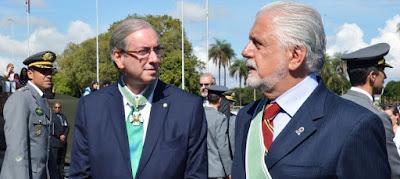 """Planalto enquadra petistas e insiste no apoio a Cunha"", diz O Globo"