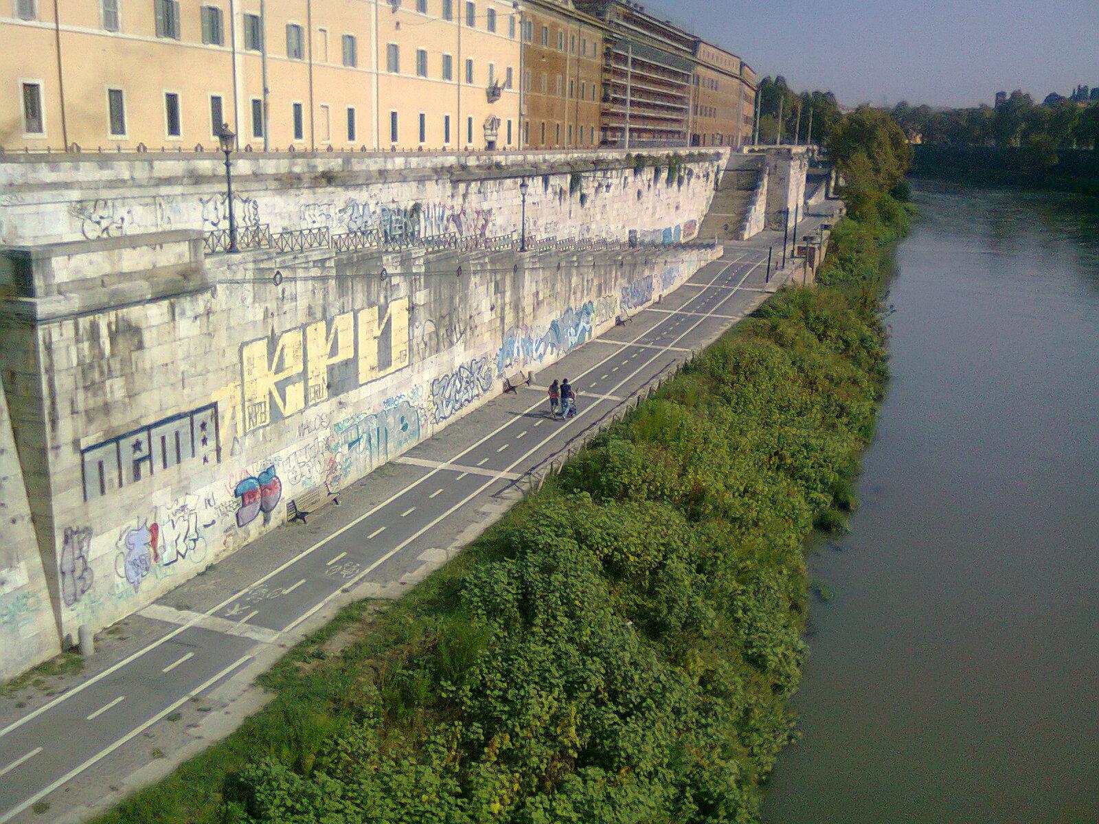 In bici per roma gli assessori comunali prendono impegni - Da roma porta verso il mare ...