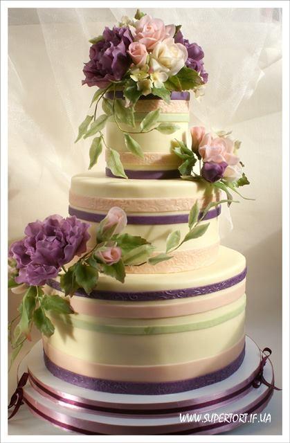 Півонії та троянди весільний торт від Уляни Коцаби, Україна