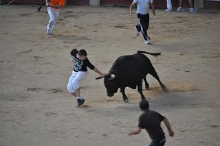 cogida_en_los_encierros_de_Leganes_8_cowboy