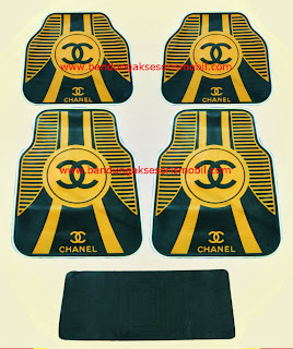Karpet Chanel Black