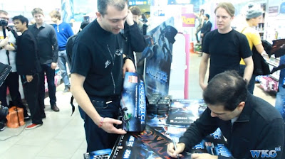 "Injustice: Gods Among Us - Ed Boon Signing in GAME ""Stratford"""