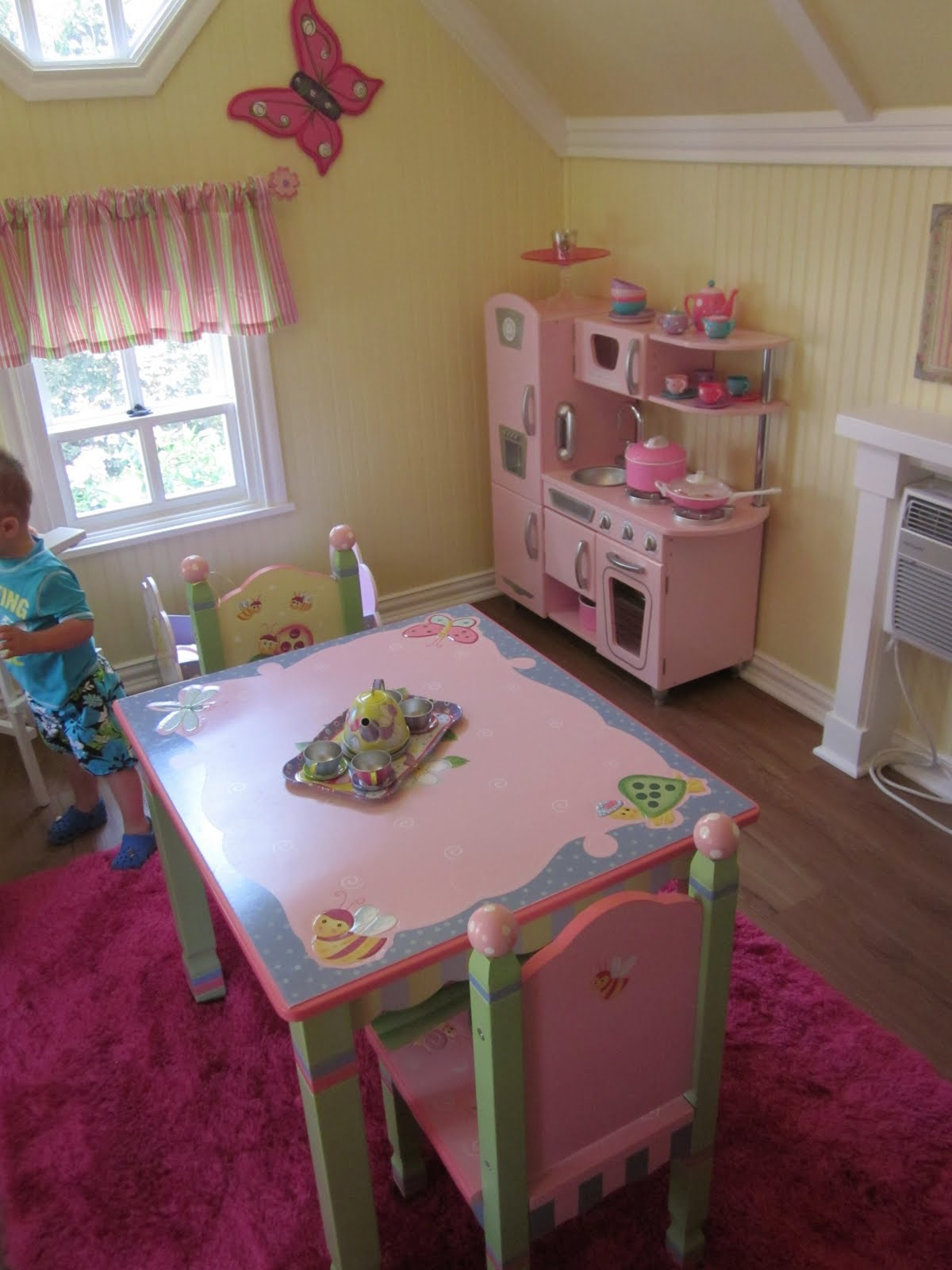 Kensington cottage mix and match mama for Playhouse ideas inside