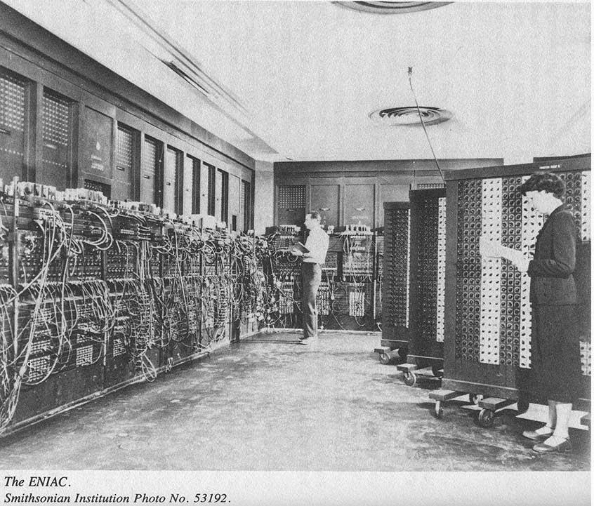 """<img src=""""http://4.bp.blogspot.com/-YVWWYa5XJZE/VF_X7uzkSiI/AAAAAAAADFc/ImJnDb5fmio/s1600/history.jpeg"""" alt="""" History of Computer"""" />"""