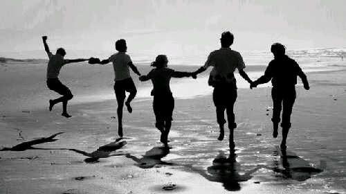 3 Manfaat Memiliki Sahabat