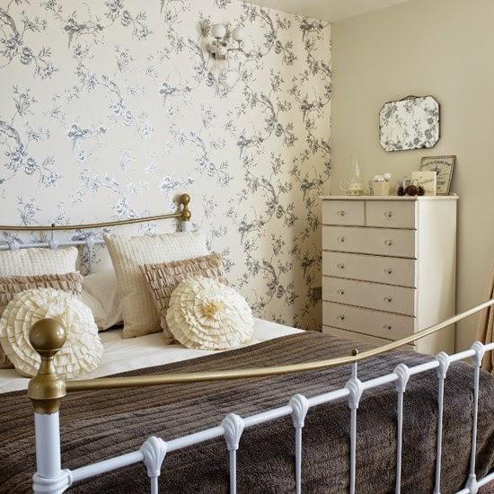 15 quartos de casal com tecido na parede decora o e for Papel habitacion matrimonio
