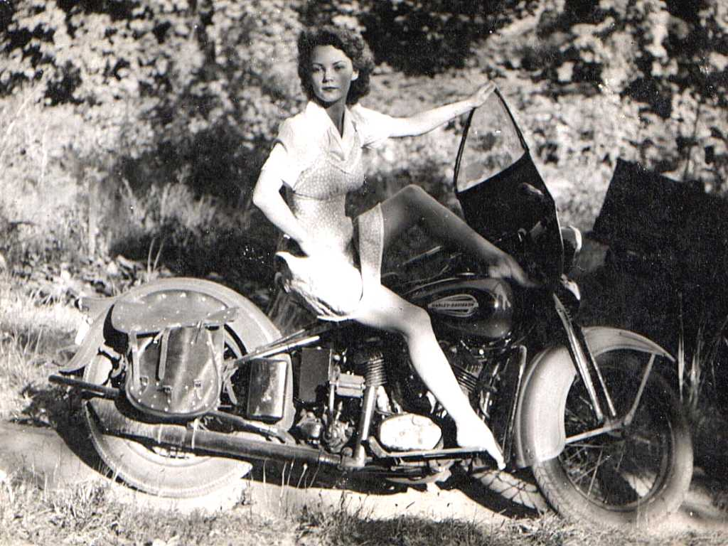 Vintage Girls On Harley-Davidson Motorcycles
